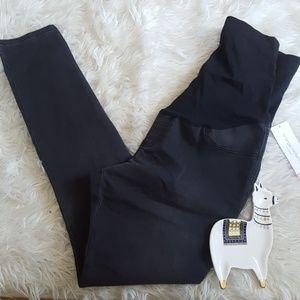 Liz Lange maternity skinny jeans size med